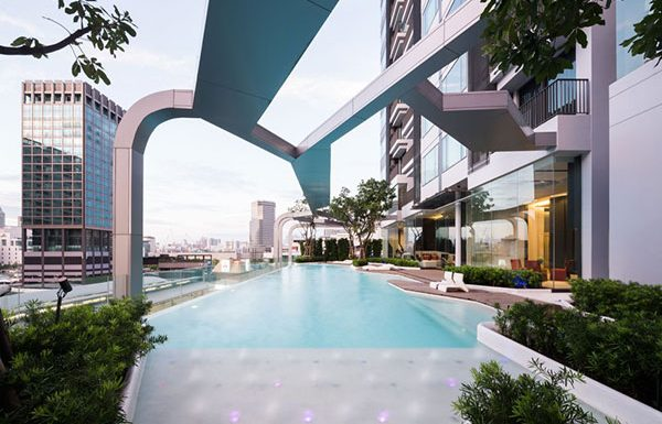 pyne-by-sansiri-bangkok-condo-for-sale-swimming-pool-2