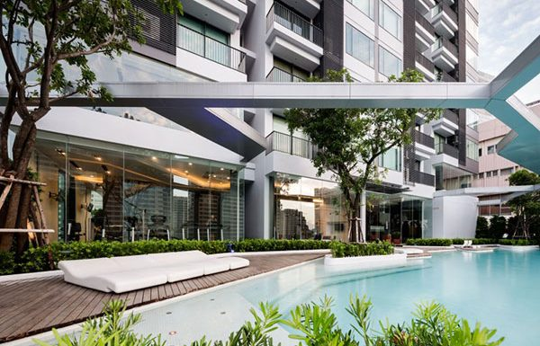 pyne-by-sansiri-bangkok-condo-for-sale-swimming-pool-3