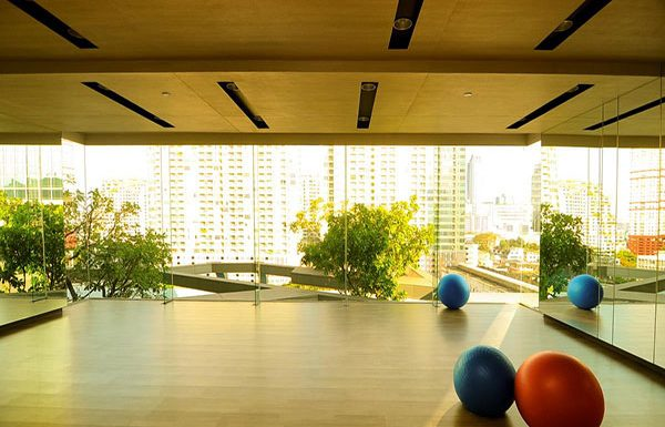 pyne-by-sansiri-bangkok-condo-for-sale-yoga-room